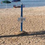 Rubati quattro mastelli per la raccolta differenziata sulla spiaggia di San Leone