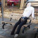 Sciacca: trovato fantoccio raffigurante l'ex senatore Cusumano, aria politica tesa nella cittadina marinara