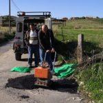 Agrigento, dopo il maltempo si riparano le strade dalle buche