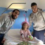 """Doni, foto e una speciale mascotte: la Fortitudo Agrigento al reparto di Pediatria del """"San Giovanni di Dio"""""""