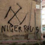 Scritte razziste sui muri di Favara: intervento di LiberArci