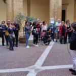 """Agrigento, Festa della Donna: l'Istituto comprensivo """"Agrigento Centro"""" scende in piazza contro la violenza sulle donne"""