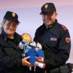 Mamma e figlio cadono in casa: corsa in Ospedale per neonato