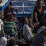 Migranti su barcone diretti a Lampedusa: scatta il soccorso, intervengono le motovedette italiane