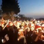 Lancio dei tocchi alla Valle dei Templi: festeggiano i neo laureati dell'ateneo agrigentino