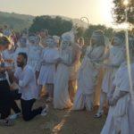"""Agrigento, l'alba alla Valle dei Templi con """"proposta"""" di matrimonio"""