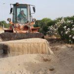 San Leone, ripulita dalla sabbia la pista ciclabile – VIDEO