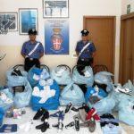 Sequestrata merce contraffatta a Campobello di Licata: Carabinieri in azione