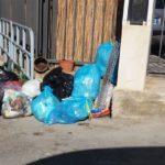 Agrigento, sacchetti di rifiuti abbandonati per strada: scattano le sanzioni