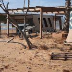 Agrigento, chiosco distrutto: legna e plastica sulla spiaggia – VIDEO