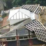 Agrigento, raffiche di vento: crolla la copertura del Palazzo Liberty del Viale della Vittoria