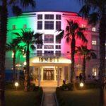 """""""Uniti si vince"""": il Tricolore illumina l'ISMETT di Palermo, l'Istituto ad alta specializzazione nato grazie alla partnership con l'UPMC di Pittsburgh"""