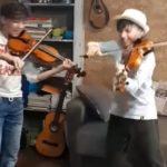 Agrigento: i violinisti gemelli conquistano i Coldplay
