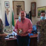 Il sindaco Leonardo Lauricella saluta e ringrazia il Reggimento logistico Aosta di Palermo per il prezioso servizio svolto nel territorio di Siculiana
