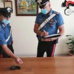 Licata, una pistola clandestina sotto al materasso: scatta l'arresto