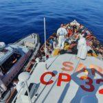 Immigrazione clandestina, sbarco di migranti: arrestati 5 presunti scafisti