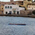 """Lampedusa e barconi abbandonati, Calogero Pisano (FdI): """"Rischio disastro ambientale, Governo intervenga immediatamente"""""""