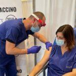 Coronavirus, continuano le vaccinazioni al centro trapianti ISMETT