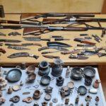 Armi e reperti archeologici detenuti illegalmente: arrestato 50enne