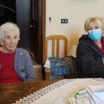 """Una storia di oltre un secolo: """"nonna"""" Giovanna compie 104 anni"""