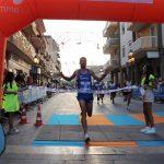 Osama Zoghlami vince il 28° Trofeo podistico Acsi Città di Ravanusa