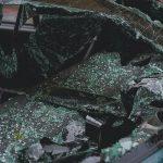 Agrigento, tornano da un matrimonio e trovano il finestrino dell'auto sfondato: sparito il portafogli