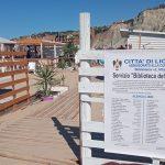 Biblioteca del Mare: c'è tempo fino al 26 agosto per prendere in prestito un libro sulla spiaggia di Marianello