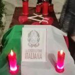 """Agrigento, i """"NO green pass"""" per le vie della città: celebrato """"simbolico"""" funerale – FOTO"""